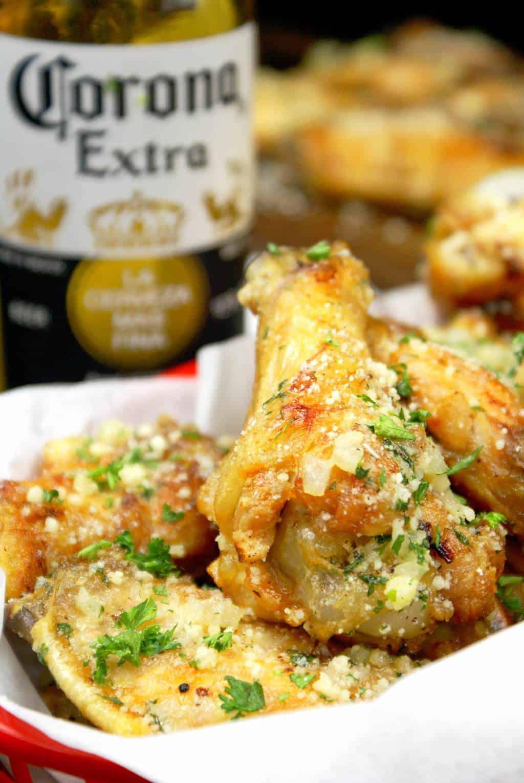 Crispy Baked Garlic Parmesan Chicken Wings
