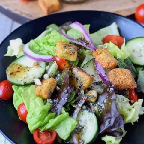 green salad with vinaigrette homemade salad dressing
