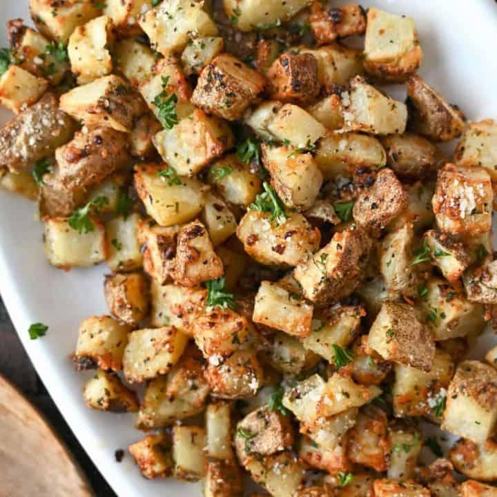 Close up photo of garlic parmesan potatoes.