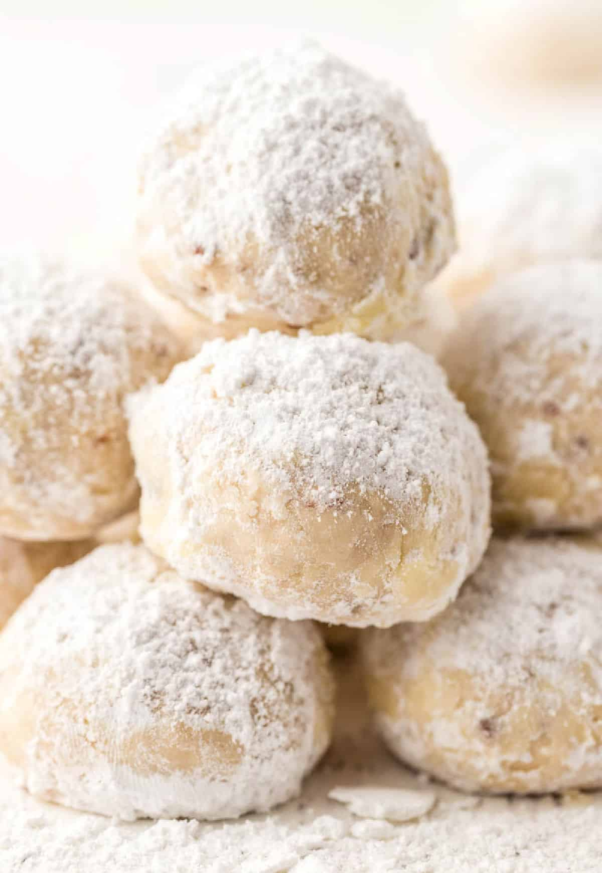 A close up photo of snowball cookies.